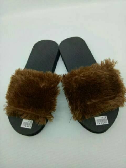 Family Pack Sandal Bulu (1)